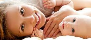 madres con hijos pensando en sus cosas